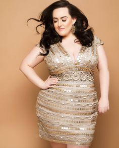 Jenna Lee ( is a plus size activist and brand Jenna Lee, Plus Size Model, Plus Size Fashion, Curvy, Bodycon Dress, How To Plan, Formal Dresses, Universe, Store