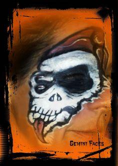 skeleton eye face painting