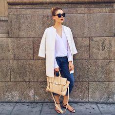 21.8 тыс. отметок «Нравится», 154 комментариев — Kristina Bazan (@kristinabazan) в Instagram: «Out and about in Geneva wearing a Zara coat, Chanel flats, a @31philliplim bag from @monnierfreres…»