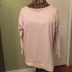 Satin back long sleeve top Brand new excellent condition GAP Tops Tees - Long Sleeve