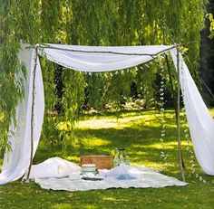 30 Best Canopy Tent Design Ideas for add Entertainment During Summer Day Picnic Date, Summer Picnic, Beach Picnic, Picnic Spot, Summer Bucket, Outdoor Spaces, Outdoor Living, Outdoor Decor, Picnic Decorations