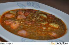 Čočková polévka s klobásou a bramborem