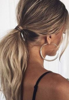 gold hoop earrings + low balayage ponytail