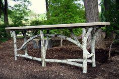 Мебель в стиле эльфов и добрых лесных духов. Дизайнер – Ross Yedinak.