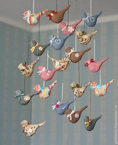 Best 12 birds to match the wall art! Someone needs to let me design their baby's room! Bird Crafts, Clay Crafts, Felt Crafts, Easter Crafts, Diy And Crafts, Christmas Crafts, Scrap Fabric Projects, Fabric Crafts, Sewing Projects