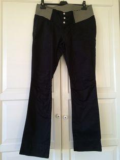 Cotone pesante nero con elastico rigato in vita; PRENATAL 42-44; 19€ http://hipmums.it/collections/premaman/products/pantalone-cotone-pesante-nero-con-elastico-rigato-in-vita