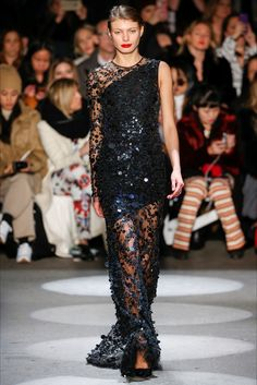 Christian Siriano New York - Collections Fall Winter 2016-17 - Shows - Vogue.it