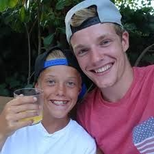 enzoknol and quin Watch One, Youtubers, Fans, Dood, Videos, Dutch, Goodies, Actor, Sweet Like Candy