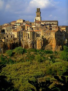 Pitigliano, Tuscany, Italy. Our tips for things to do in Tuscany: http://www.europealacarte.co.uk/blog/2011/01/29/things-to-do-tuscany/