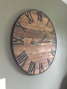 zwei verschiedene Uhren Küche Wohnzimmer Sortiment 3 Miniatur 1:12
