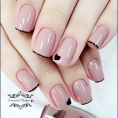 Top Class Bridal Nail Art Design for Spring… 20 Simple Black N. - Top Class Bridal Nail Art Design for Spring… 20 Simple Black Nail Art Design Idea - Stylish Nails, Trendy Nails, Casual Nails, Classy Nails, Diy Nails, Cute Nails, Gel Manicure, Pedicure, Cute Simple Nails