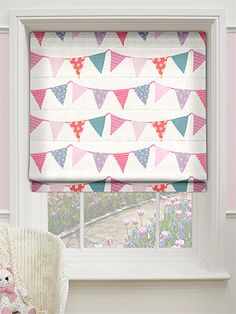 Pretty in pink, celebrate the arrival of a new baby born for longer than just a day with this cute Baby Bunting Dainty Pink roman blind hanging in their nursery for plenty of time to come. Alternatively, decorate a playroom with this design and feed their creativity and imagination, with hearts, flowers and polkas patterns on the beautifully coloured flags.