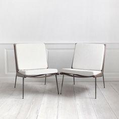 1950s Boomerang lounge chairs in teak with brass legs | Hvidt & Moelgaard Nielson | Danish Modern