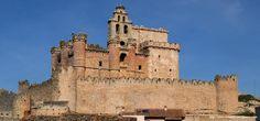 DE Castle House, Secret Places, Spain Travel, Notre Dame, Medieval, Spanish, Places To Visit, Country, Architecture