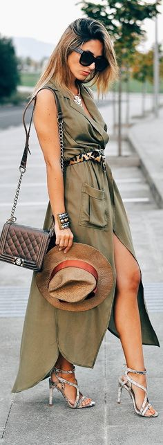 Maxi Dress / Fashion women fashion outfit clothing stylish apparel @roressclothes closet ideas