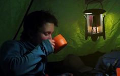 offers great quality designed to help you in emergency situations as well as gives you brighter illumination. These lights are amazingly portable and can be carried to any where you want. Best Camping Lantern, Camping Lanterns, Camping Lights, Led Lantern Lights, Gas Lanterns, Industrial Led Lighting, Cool Lighting, Portable Solar Panels, Fluorescent Lamp
