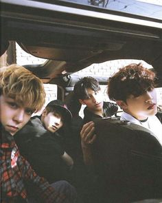 Them be like Svt: Miss can you tell us where this place is? Me: Oh! Let me drive. I'll take you there...