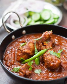 Authentic Goan Chicken Vindaloo cooked with Tamarind,Vinegar & Jaggery.This spicy Goan Curry is a favourite Indian preparation which dates back to eighteen hundreds. Goan Recipes, Indian Food Recipes, Chicken Recipes, Cooking Recipes, Ethnic Recipes, Curry Recipes, Authentic Indian Recipes, Indian Foods, Paleo Recipes