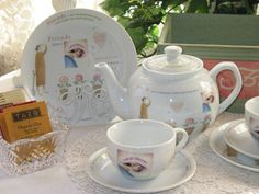 Friends Tea For Two Set with Tray