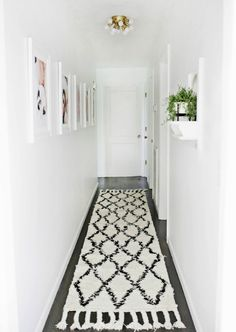 5 Tips for Making Over Your Hallway! - A Beautiful Mess When decorating your house, don't forget about the hallway with Rugs USA's Marrakesh Shag! Decor, Farm House Living Room, Room Design, Interior, Cool Rooms, Home Decor, Hallway Wall Decor, Renovations, Narrow Hallway Decorating