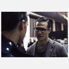 "2,382 Beğenme, 6 Yorum - Instagram'da Giorgio Armani (@giorgioarmani): ""Conversations backstage at GA FW18-19 fashion show in Milan #mfw Credits: @_francesco_pizzo_"""