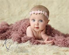 Baby Photography 6 Month Old To Get A Lay On Their Tummy Like That And It Is Miraculous