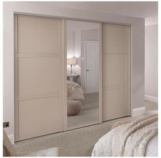 Built In Wardrobe Ideas Sliding Doors, Fitted Wardrobe Doors, Mirrored Wardrobe Doors, Sliding Door Wardrobe Designs, Bedroom Built In Wardrobe, Closet Designs, Closet Bedroom, Wardrobes With Sliding Doors, Bedroom Cupboard Designs