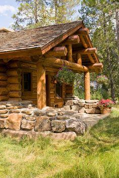 Exterior Cabin Design, Pictures, Remodel, Decor and Ideas Log Cabin Living, Log Cabin Homes, Log Cabins, Rustic Cabins, Mountain Living, Mountain Homes, Green Mountain, Log Cabin Kitchens, Rustic Exterior