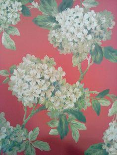 Behang bloemen rode achtergrond