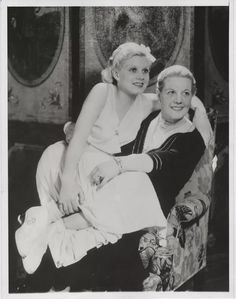 Jean Harlow and her mother, 1932.