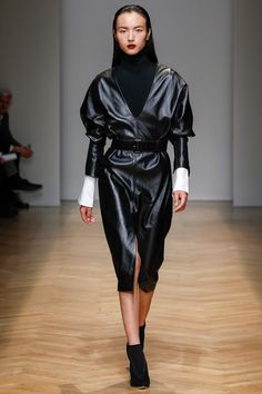 Aquilano.Rimondi Fall 2017 Ready-to-Wear Collection Photos - Vogue