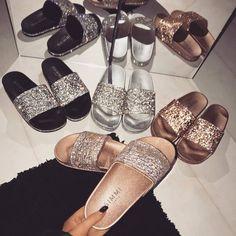 That extra glitter ✨ Shoes: Daniella - £22.00 Shop: simmi.com #SIMMIGIRL