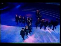 """""""Riverdance, the Show"""" """"Reel Around The Sun"""". The first time this show was performed as the interval act in Eurovision Song Contest it took my breath away. Hard to believe it is soooooo long ago! Irish Step Dancing, Irish Dance, Lord Of The Dance, Just Dance, Music Ed, Music Class, Dance Videos, Music Videos, Scottish Music"""