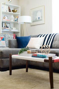 Commandments of rental decor 07 ~ Popular Living Room Design Diy Woven Bench, Diy Bench, Small Space Living, Living Spaces, My Living Room, Living Room Decor, Rental Decorating, Decorating Ideas, Apartment Living