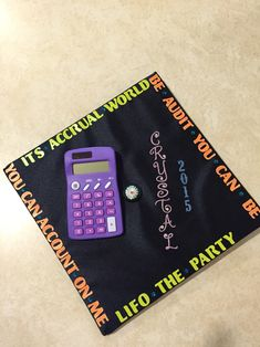 Thank you mom and dad grad cap ideas graduation for Accounting graduation cap decoration