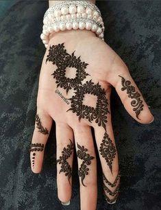Best Marwari Henna Designs-Our Top 30 Marwari Mehndi Designs - Mehndi Designs For Girls, Stylish Mehndi Designs, Mehndi Design Photos, Mehndi Designs For Fingers, Wedding Mehndi Designs, Unique Mehndi Designs, Latest Mehndi Designs, Henna Tattoo Designs, Mehandi Designs