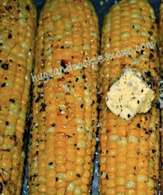 Amazing Oven Roasted Corn This oven roasted corn is outrageous. Top it off with some butter, salt and pepper and it's just heavenly!This oven roasted corn is outrageous. Top it off with some butter, salt and pepper and it's just heavenly! Corn Recipes, Side Dish Recipes, Vegetable Recipes, Vegetarian Recipes, Cooking Recipes, Recipies, Oven Roasted Corn, Baked Corn, Corn Oven