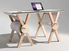 Revolving Writing Pad TablesKeep a Record of the Day-to-Day with the Analog Memory Desk #high-tech #myloft #mobilier