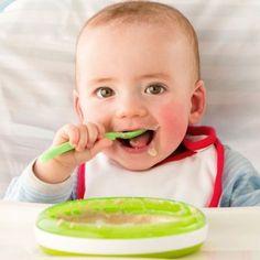Cómo y cuándo introducir la alimentación complementaria en los bebés.