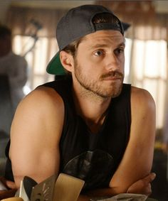 "Aaron Tveit as Mike Warren in ""Graceland."""