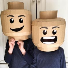 Mom Makes Elaborate Cardboard Costumes For Her Kids Lego Halloween, Holidays Halloween, Halloween Costumes For Kids, Diy Costumes, Halloween Decorations, Diy Lego Costume, Cardboard Costume, Diy Cardboard, Diy For Kids