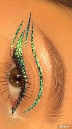 Edgy Makeup, Eye Makeup Art, Skin Makeup, Crazy Eye Makeup, Angel Makeup, Exotic Makeup, Rave Makeup, Fairy Makeup, Makeup Artistry