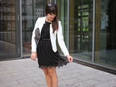 Black Lace And White Blazer   Pieces of Mariposa