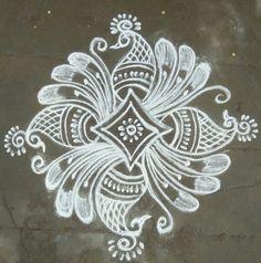 Indian Rangoli Designs, Rangoli Designs Latest, Rangoli Designs Flower, Rangoli Border Designs, Rangoli Designs Images, Flower Rangoli, Beautiful Rangoli Designs, Henna Designs, Rangoli Borders