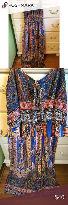 Printed bohemian maxi dress Never worn ( no tags) bohemian maxi dress size small! It GREAT shape!! So cute and dressy Dresses Maxi