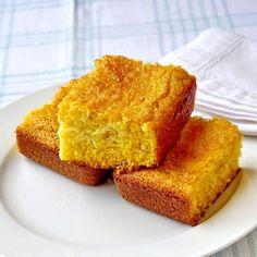The best easy cornbread recipe is quick & easy to make and turns out golden and moist every time. A must have for summer BBQs to winter comfort food meals.