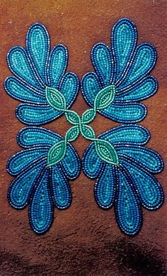 Lucy Ann Yakeleya | NWT Arts Indian Beadwork, Native Beadwork, Native American Beadwork, Loom Beading, Beading Patterns, Beadwork Designs, Beaded Lanyards, Native American Crafts, Nativity Crafts