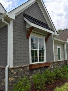 Exterior house trim colors, craftsman window trim house trim craftsman and kitchen gallery on. Exterior Paint Colors, Exterior House Colors, Exterior Design, Grey Homes Exterior, House Trim, House Siding, Exterior Siding, Exterior Remodel, Exterior Windows