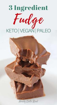 Weight Loss Diet Meals Rich 3 Ingredient Chocolate Keto Fudge (Paleo & Vegan)- This 3 ingredient chocolate keto fudge is an easy paleo and vegan dessert recipe. It has a solid yet soft creamy texture and a rich sweet chocolatey flavor. via Healy Eats Real Low Carb Sweets, Low Carb Desserts, Low Carb Recipes, Diet Recipes, Easy Paleo Desserts, Easy Keto Dessert, Smoothie Recipes, Keto Snacks, Stevia Desserts