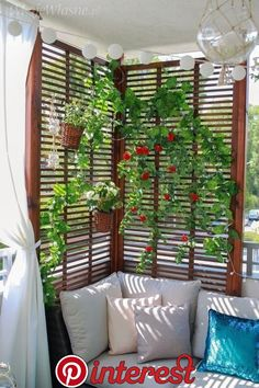 Wunderbare kleine Wohnung Balkon Dekor Ideen mit schönen Pflanzen – crunchhome – The Effective Pictures We Offer You About small patio A quality picture can tell Read Decor, Garden Design, Balcony Decor, Small Apartments, Outdoor Space, Patio Decor, Indoor Jungle